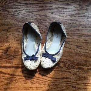 SM NEW YORK Cream Navy Crochet Flats 6